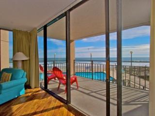Perfect 3 bedroom Condo in Garden City - Garden City vacation rentals