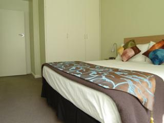 Superior 1 Bedroom Apartment - 3 - Melbourne vacation rentals