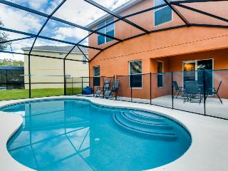 Lovely family-friendly home w/private pool, just 4 miles from Disney - Kissimmee vacation rentals