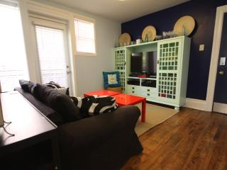 Own Washer\Dryer, Renovated, Sleeps 4, Clean! - Ottawa vacation rentals