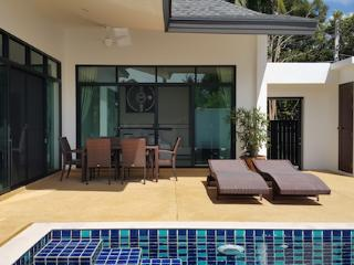 3 BEDROOM PRIVATE POOL VILLA - GREAT LOCATION 5 Minute walk to Rawai Beach - Rawai vacation rentals