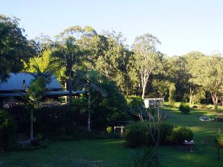 Perfect Condo with Satellite Or Cable TV and Garage - Tenterfield vacation rentals