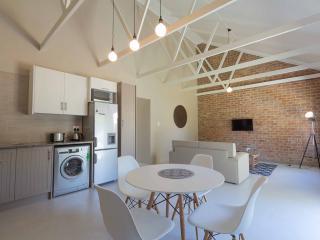 El Dorado 65 Luxury self catering - Oudtshoorn vacation rentals