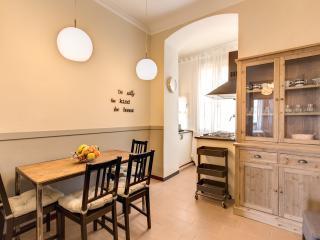 Seafront Apartment Cinque terre - La Spezia vacation rentals