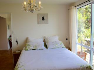 Apartment Rouge@Opua Maison de la mer - Opua vacation rentals