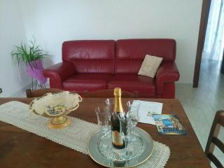 Casa Lucrezia sul Lago di Bolsena (Viterbo) - Gradoli vacation rentals