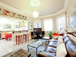 Luxurious Top-Rated Home Great Monthly Rate GARAGE - San Francisco vacation rentals