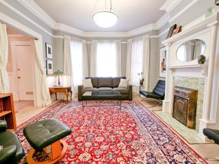 Luxurious Top-Rated Home - Great Low Rates GARAGE - San Francisco vacation rentals