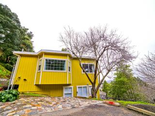 SF view, secluded 2600 sqft home,10 min from city - San Francisco vacation rentals