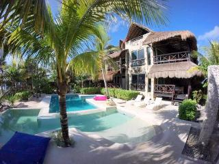 The Tropical soul just on the beach! - Soliman Bay vacation rentals