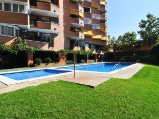 Nice 4 bedroom Premia de Mar Condo with Garage - Premia de Mar vacation rentals