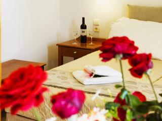 One bedroom apartment, 2-4 people - Kato Stalos vacation rentals