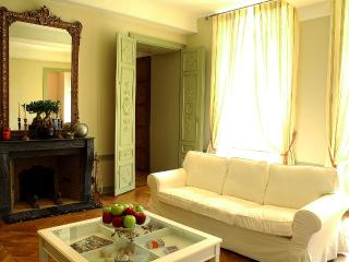 Nice House with Washing Machine and Television - Pommard vacation rentals