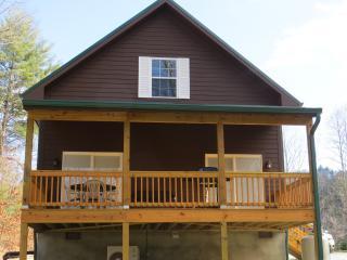 Wolf Creek Lake Cabin- Pineview Cabin - Tuckasegee vacation rentals