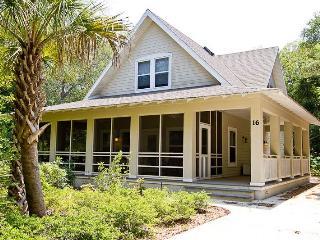 Eagle Castle, 3 Bedrooms, WiFi, Sleeps 8 - Palm Coast vacation rentals