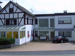 Erholung Pur im Historisches Fachwerkhaus - Reifferscheid vacation rentals