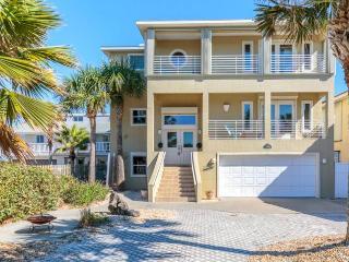 Sea Turtle, 4 Bedrooms, Beach Front, Pet Friendly, WiFi, Sleeps 14 - Flagler Beach vacation rentals