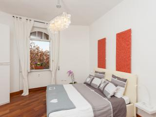 St. PETER - Sole In - Rome vacation rentals