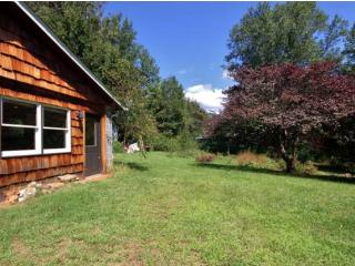 Charming Apartment on Private Land - Asheville vacation rentals