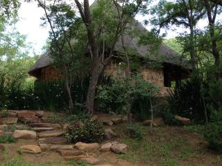 Peace, tranquility deep in the mountain-bushveld - Vaalwater vacation rentals