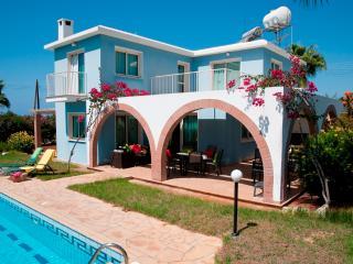 Private villa,close to sea and Coral Bay, big pool - Peyia vacation rentals