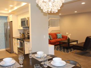 WOW Suite 2, Pool/Spa, Walk 2 Disneyland, 5 Stars - Anaheim vacation rentals