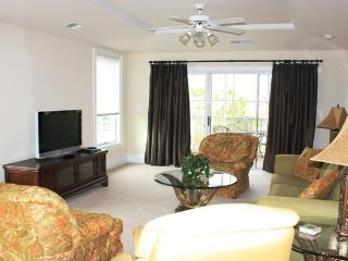 Upscale 4 bd/3ba on the Waterway! - North Myrtle Beach vacation rentals