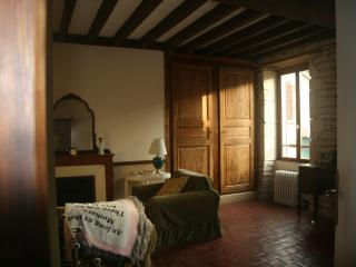 Lovely 1 bedroom Bed and Breakfast in Arcy-sur-Cure - Arcy-sur-Cure vacation rentals