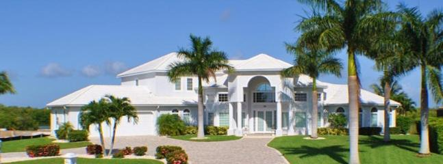 Villa Sun Castle - Expansive Luxury Estate - Image 1 - Cape Coral - rentals