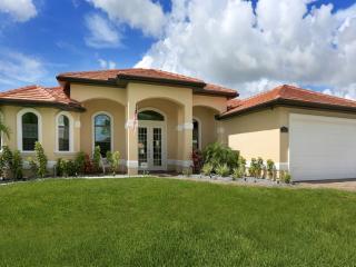 Villa Kamal, Cape Coral - Pool & Gulf Access - Cape Coral vacation rentals