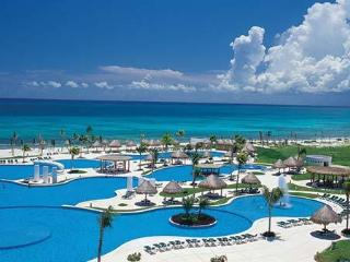 MAYAN PALACE  (CUN) SUITE 2 ADULTOS 2 NIÑOS - Cancun vacation rentals