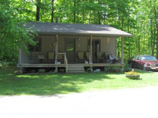 3 bedroom Cottage with Internet Access in Sauble Beach - Sauble Beach vacation rentals