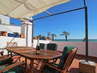 First line apartment - Sitges vacation rentals