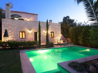 Steinvilla mit Meerblick und Swimming Pool - Prines vacation rentals
