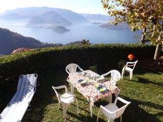 Appartamento Belvedere With Private Garden - Varenna vacation rentals