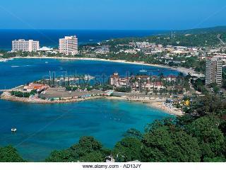 Ocho Rios Beach-front resort condo- 7th night free - Ocho Rios vacation rentals