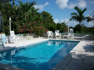 Spacious 3 BR House with Pool centrally located - Nassau vacation rentals