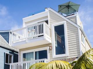 Gorgeous Luxury Bayside Custom Home with Breathtaking Views - Pacific Beach vacation rentals