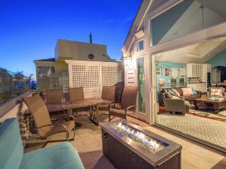 Stunning Beach Home. Glass Balcony with Fire Pit. Steps from the sand. - Pacific Beach vacation rentals