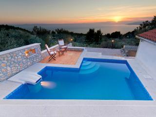 Villa Dalmatia Makarska - Makarska vacation rentals