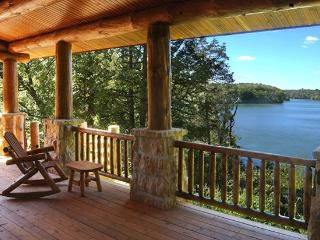 Cozy Cottage with Internet Access and Dishwasher - Galena vacation rentals