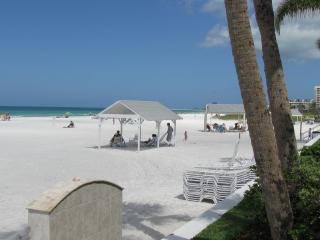 Siesta Key Beach Villa - #1 rated Beach in America - Siesta Key vacation rentals