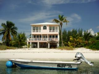Amazing Vacation Rentals House Rentals In Bahamas Flipkey Home Interior And Landscaping Ferensignezvosmurscom