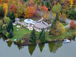 The Cordstead  (La Maison Cordstead) - Sainte-Anne-des-Lacs vacation rentals