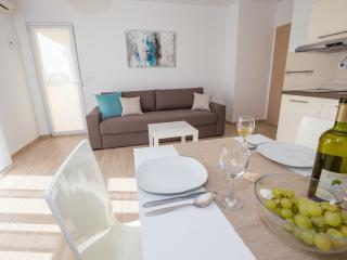 New, modern and comfortable A3 MIMIS (2+2) - Banjol vacation rentals