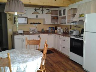 2 bedroom Cottage with Internet Access in Monetville - Monetville vacation rentals