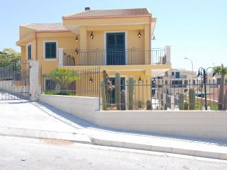 Perfect Scicli vacation Villa with Internet Access - Scicli vacation rentals