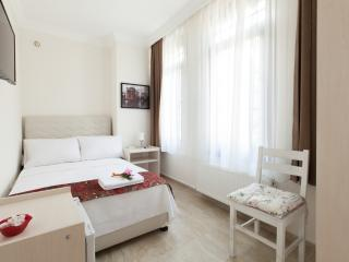 Villa Galley Istanbul Hagia Sofia City View Room 4 - Istanbul vacation rentals