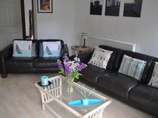 Large 5 Bed Townhouse in Pembrokeshire (sleeps 11) - Haverfordwest vacation rentals