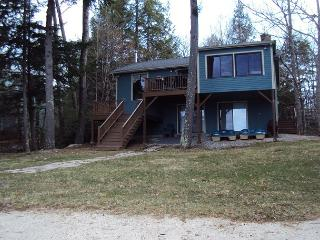 Winnipesaukee waterfront with 4 bed in Moultonboro - Moultonborough vacation rentals